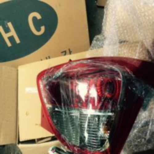 Đèn hậu trái Hyundai I10
